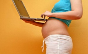 Беременная и компьютер